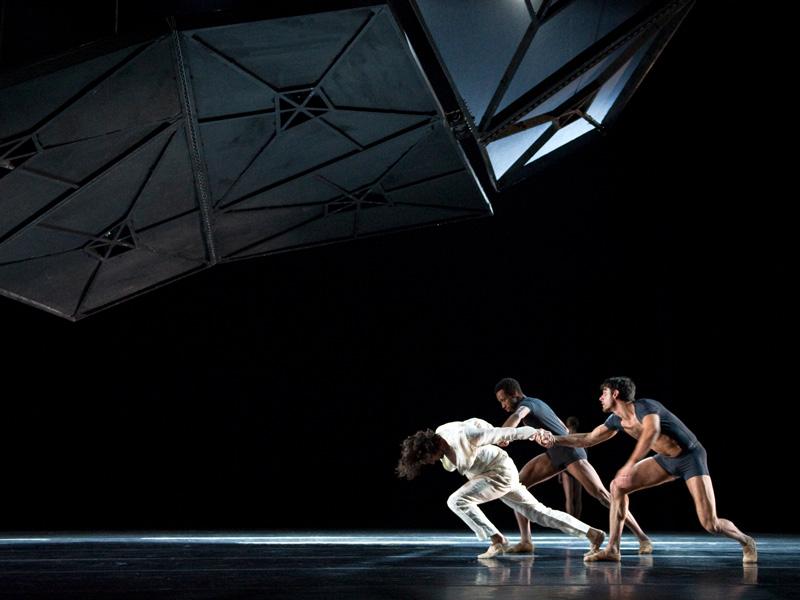 02-jardin-infinito-theater-mossoveta