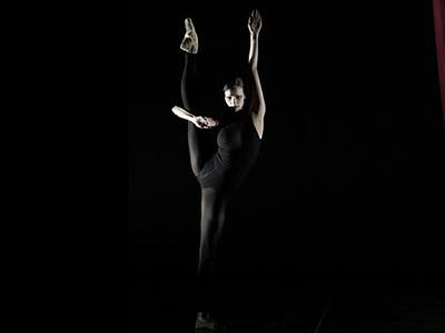 01-mikhailovsky-theater-premiere-nacho-duato-nunc-dimittis-01